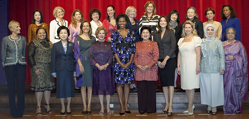 This photo is about First Lady Michelle Obama and the spouses of the G20 leaders pose